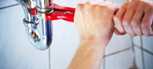 Questions to ask before hiring a plumber