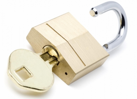 Why should everybody have a locksmith s number at their favourites