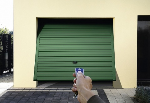 What type of garage door is best? What is the average cost? Picture